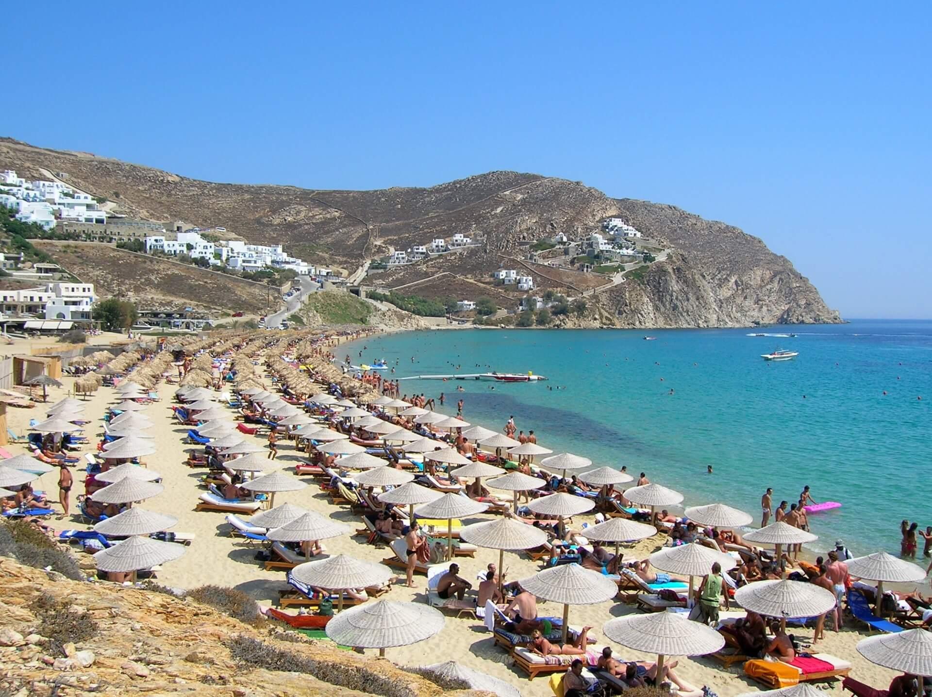 Миконос, пляж Elia Beach