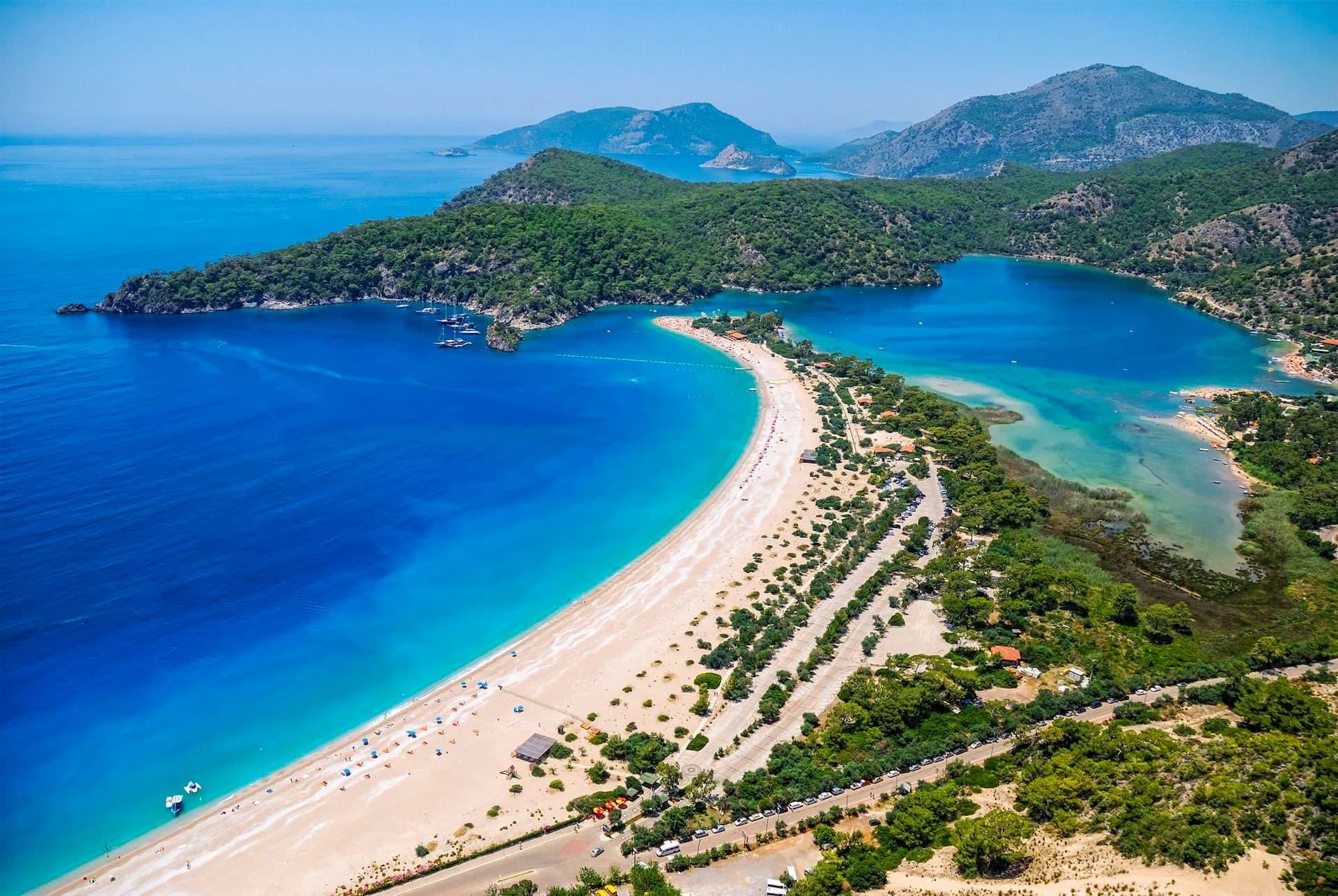 Море Турции в мае