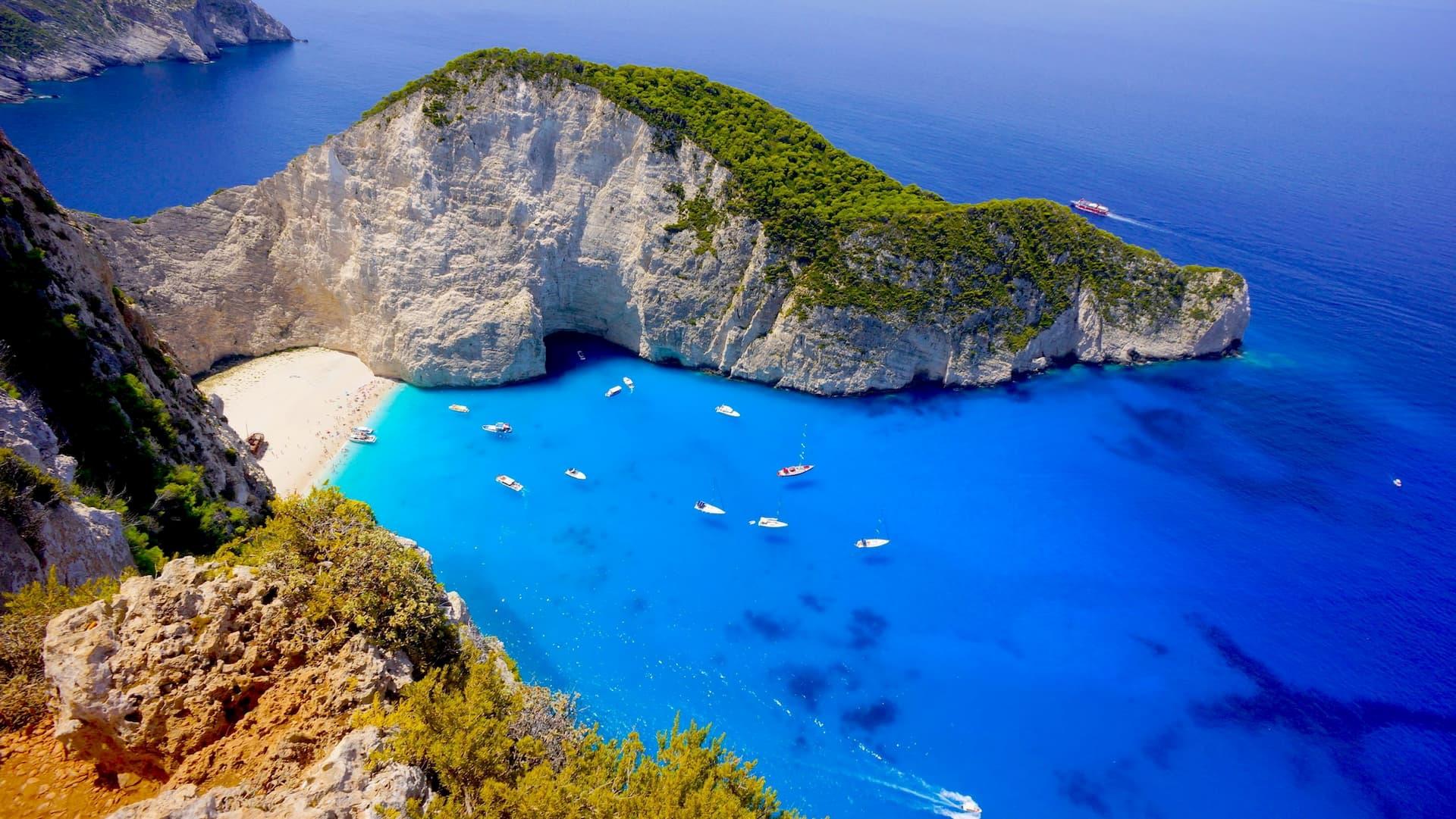 Остров Закинф является третьим по величине островом в Ионическом море