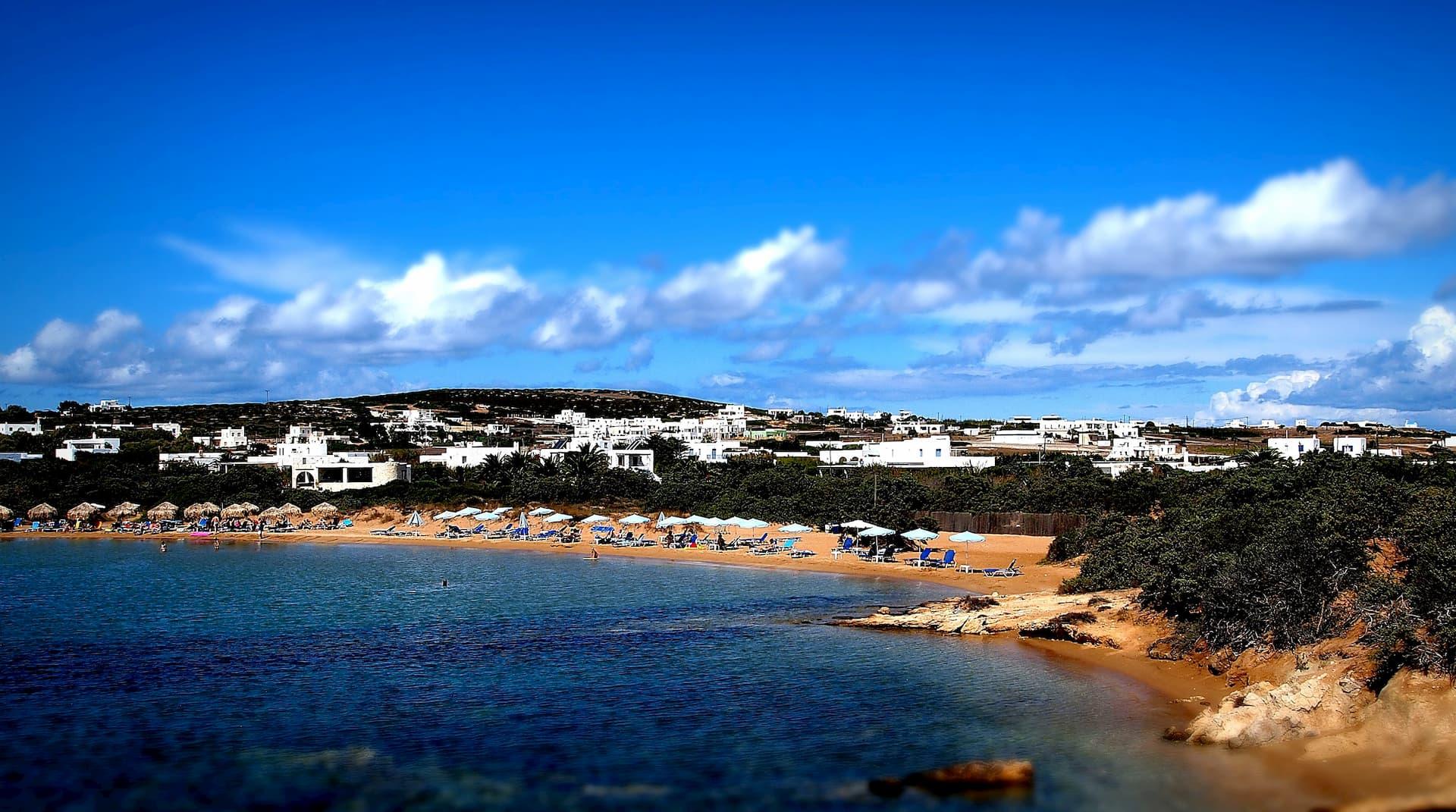 Пляж на острове Парос