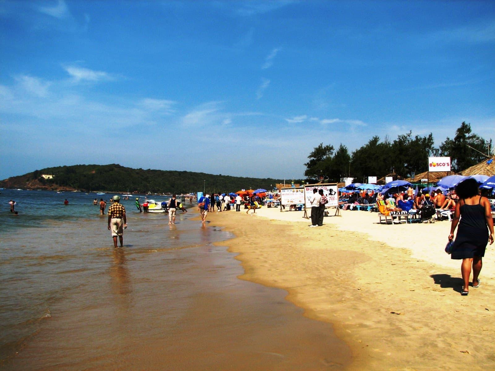 пляж бага гоа индия фото