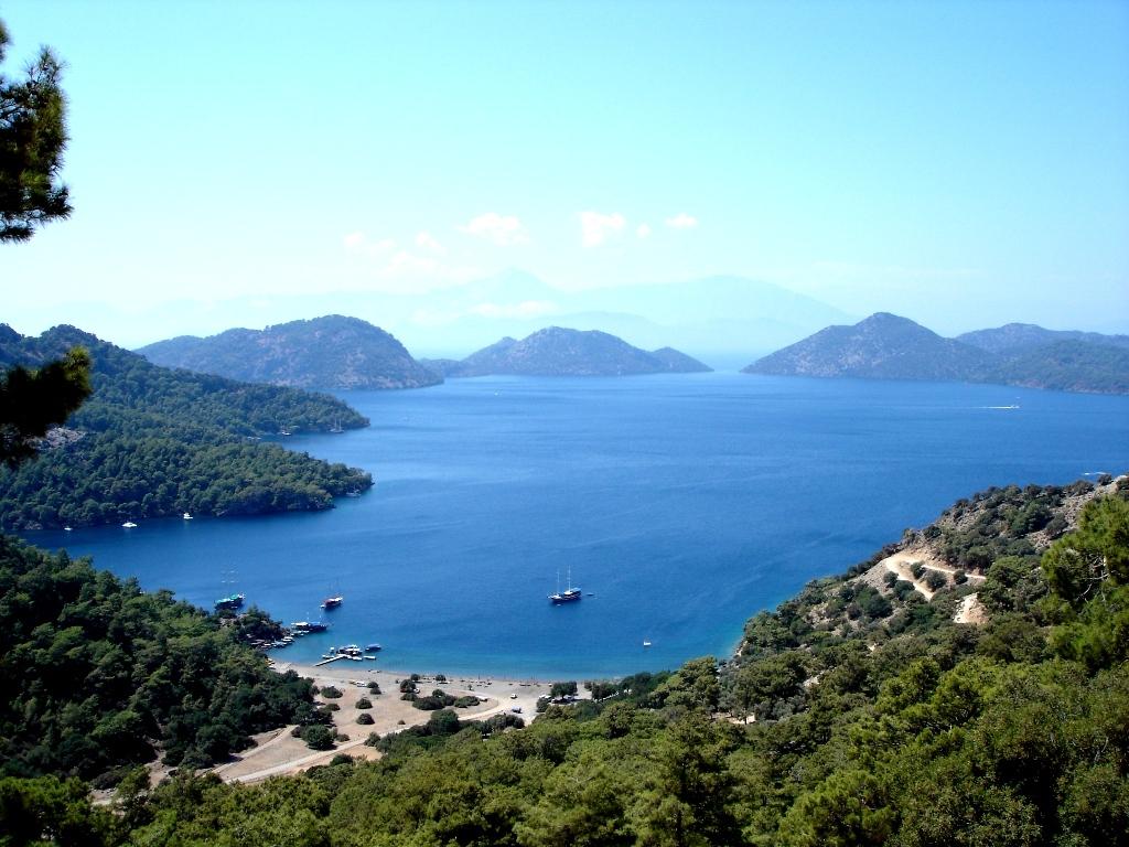 Эгейское море, город Кушадасы, Турция